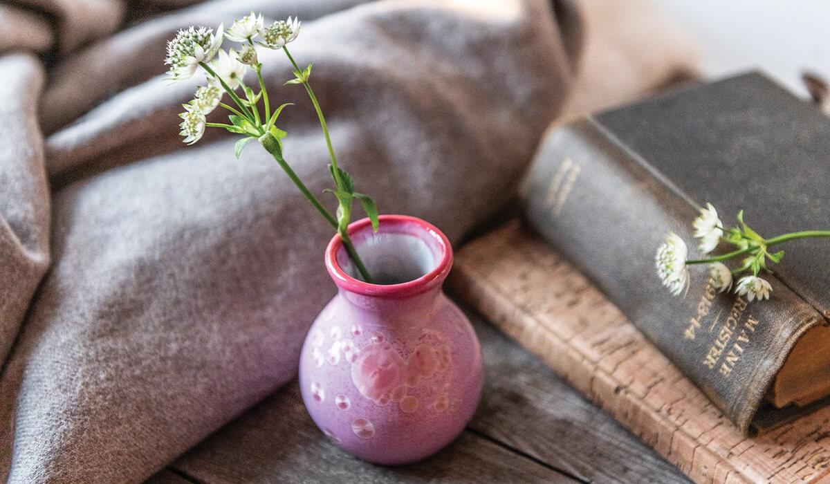 Curio Crystalline Bud Vase in Rose