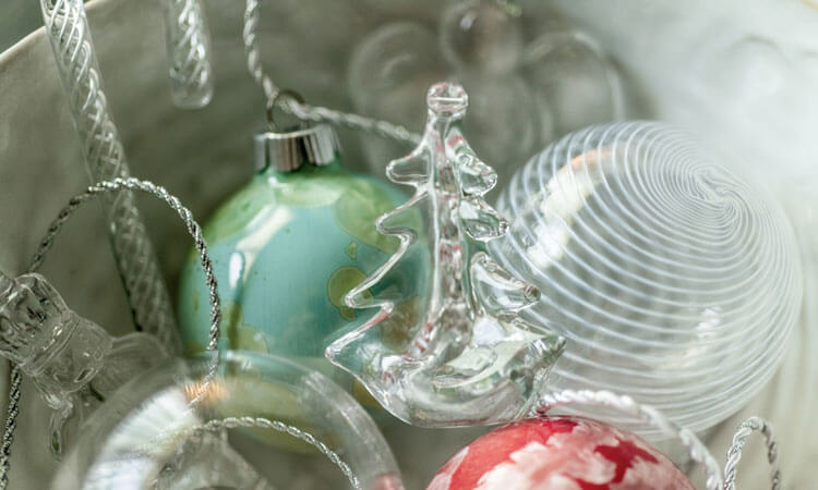 2019 Holiday Shop - Decorate - Ornaments