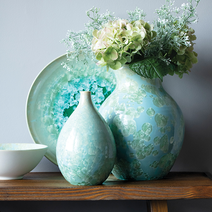 CRYSTALLINE POTTERY COLLECTION