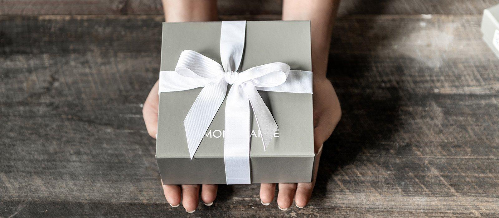 Simon Pearce Grey Gift Box With White Ribbon