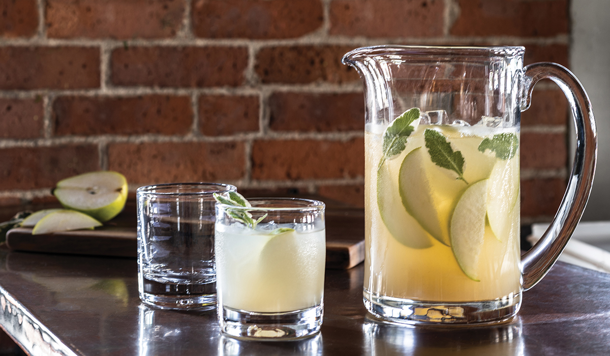WOODBURY PITCHER FEATURED WITH TWO ASCUTNEY DOUBLE OLD FASHIONS